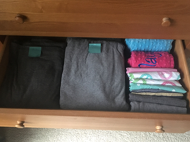 an orderly dresser drawer with labeled sheets that #sparksjoy